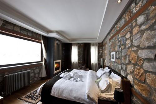 Πολυτελης Αποδραση στον πιο Κοσμοπολιτικο Προορισμο της Βορειας Ελλαδας, στο Ατμοσφαιρικο και Ειδυλλιακο Περιβαλλον του Πολυτελους Art Hotel Miramonte Chalet Hotel Spa στον Παλιο Άγιο Αθανασιο στο Αγαπημενο και Πανεμορφο Καϊμακτσαλαν! Πολυτελες 2ημερο η 3ημερο η 4ημερο η 5ημερο Πακετο για Δυο Άτομα, με Διαμονη σε Superior Double Room με Τζακι, Πλουσιο Πρωινο, Χρηση της Εντυπωσιακης Εσωτερικης Πισινας & των Χωρων του Spa & Prive Χρηση Jacuzzi & 1 Φιαλη Λευκο η Κοκκινο Κρασι Ιταλικης Ετικετας η 1 Φιαλη Σαμπανιας & Φρουτα και Early Check In - Late Check Out!