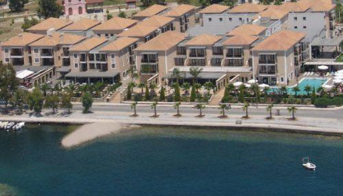 Αγιου Πνευματος στο 5 αστερων Valis Resort Hotel, στον Βολο! Απολαυστε 3 ημερες / 2 διανυκτερευσεις ΚΑΙ για τα 2 Άτομα ΚΑΙ ενα Παιδι εως 12 ετων, με Ημιδιατροφη (Πρωινο σε Μπουφε και Βραδινο) σε δικλινο δωματιο, μονο με 259€ απο 518€ (Έκπτωση 50%)! Προσφερεται Τσιπουρο και Μεζες για καλωσορισμα, 2 Ayverda Massage διαρκειας 15 λεπτων και Ελευθερη χρηση της Εσωτερικης Πισινας και του Γυμναστηριου! Για τους μικρους μας φιλους υπαρχει Kids Club! Παρεχεται Early check in και Late Check out κατοπιν διαθεσιμοτητας! Υπαρχει δυνατοτητα επιπλεον διανυκτερευσης!