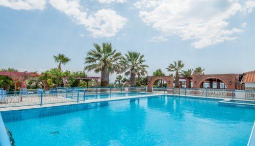 199€ απο 398€ ( Έκπτωση 50%) ΚΑΙ για τις 4 ημερες / 3 διανυκτερευσεις ΚΑΙ για τα 2 Άτομα Και ενα Παιδι εως 12 ετων στην Πρεβεζα μια ανασα απο το κυμα, με Ημιδιατροφη σε δικλινο Mountain View δωματιο στο Poseidon Beach Hotel! Υπαρχει δυνατοτητα επιπλεον διανυκτερευσεων!
