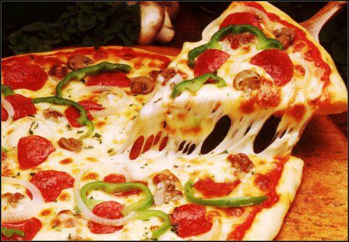"""Πιτσα με το μετρο!5€ για ενα γευμα 2 ατομων με ελευθερη επιλογη απο τον καταλογο φαγητου, στην πιτσαρια """"Pizza al Metro"""" στους Αμπελοκηπους, αξιας 10€ - εκπτωση 50% Δυνατοτητα και για Delivery!"""