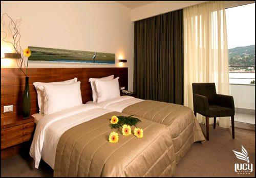 Θεοφανεια στην Καβαλα στο 5* Lucy Hotel με 270€ με πρωινο η 345€ με Ημιδιατροφη για 4 ημερες - 3 διανυκτερευσεις σε δικλινο δωματιο για 2 ενηλικες και 1 παιδι εως 12 ετων! Παρεχεται early check-in / late check-out κατοπιν διαθεσιμοτητας! Η προσφορα ισχυει για διαμονη απο 4 εως 8 Ιανουαριου