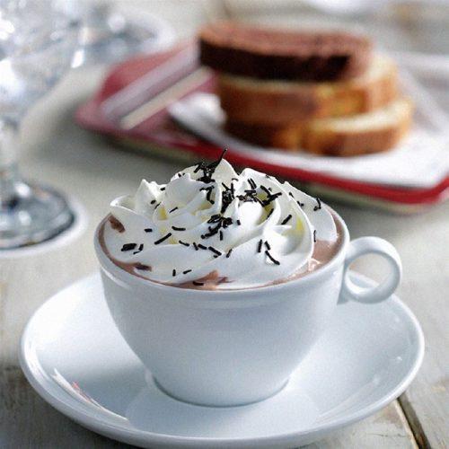 Garden Bar 53…Ένας μαγευτικος κηπος στην πολη, με πανεμορφο περιβαλλον που θα σας προσφερει στιγμες χαλαρωσης & διασκεδασης, στην Τουμπα!  Απολαυστε μολις απο 2 ευρω εναCaféτης αρεσκειας σας η μια Σοκολατα η ενα Χυμο η ενα Ice Tea η ενα ποτηρι Κρασι (λευκο, κοκκινο η ροζε) με τα σχετικα συνοδευτικα!