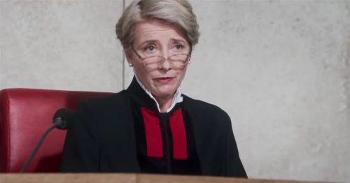 1 Εισιτηριο Εισοδου για την Πανελληνια Πρεμιερα της σπουδαιας δραματικης ταινιας «Νομος περι τεκνων», με την βραβευμενη με Όσκαρ Έμα Τομσον σε μια συγκλονιστικη ερμηνεια ζωης… στο Θερινο Cine «Ελληνις 2» στο κεντρο της πολης, (στην βεραντα του Βελλιδειου) & με δυνατοτητα Parking σε προνομιακη τιμη!  Προκειται για την κινηματογραφικη μεταφορα του μυθιστορηματος του Ίαν Μακ Γιουαν «Νομος περι τεκνων» με την Έμμα Τομσον στον πρωταγωνιστικο ρολο, υπο τις σκηνοθετικες οδηγιες του Ριτσαρντ Έιρ.