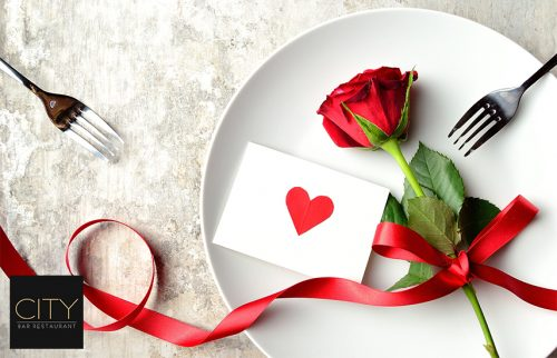 Aγιου Βαλεντινου στο ''City Κolonaki'': 24,9€ απο 50€ για πληρες menu 2 ατομων, στο κορυφαιο bar-restaurant της Σκουφα