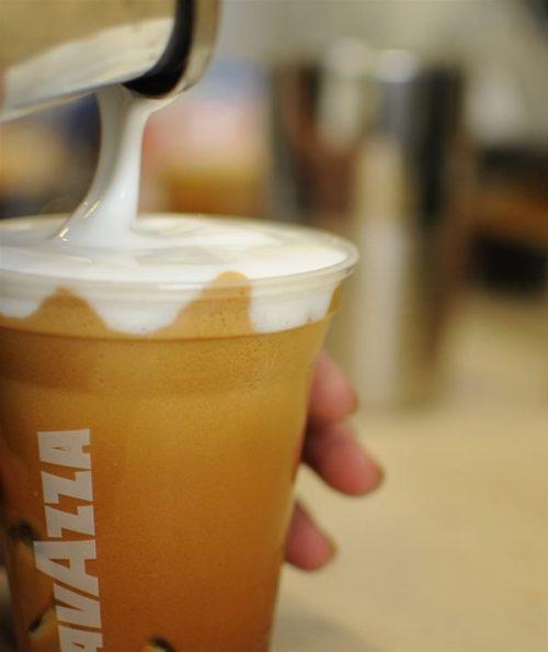 café|σοκολατα| φυσικοςχυμοςbio |bagel (κουλουρια) |σαντουιτς Η προσφορα ισχυει αποκλειστικα γιαtake awayπαραγγελια!