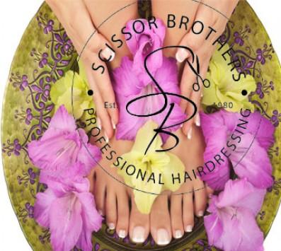 Pedicure+Μασαζ ποδιων - Manicure Pedicure -Παλαιο Φαληρο - 7€ απο 14€ για ενα ολοκληρωμενο Manicure με Απλη η Ημιμονιμη Βαφη η 10€ απο 20€ για ενα Απλο η Ημιμονιμο Pedicure και ενα Μασαζ ποδιων (Έκπτωση 50%) απο το κεντρο ομορφιας «Scissor Brothers» στο Παλαιο Φαληρο!!!