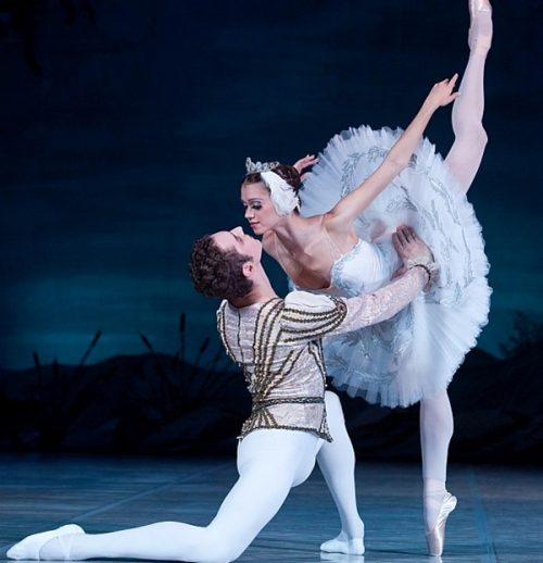 «Λιμνη των Κυκνων»η διασημη και διαχρονικη ιστορια αγαπης με την αξεπεραστη μουσικη του Τσαικοφσκι...μια παρασταση-σημα κατατεθεν των Κρατικων Μπαλετων Μοσχας | 02-03/11