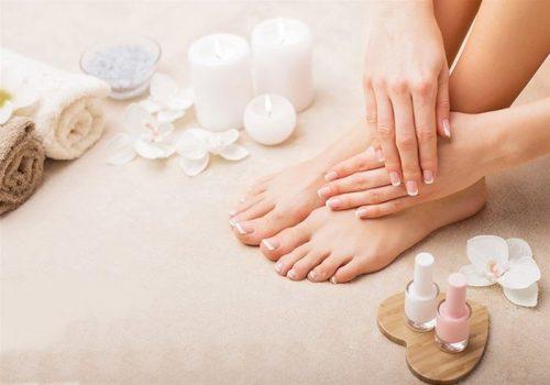 Μανικιουρ με απλη η ημιμονιμη βαφη, πεντικιουρ υγρο και θεραπευτικο,foot massage
