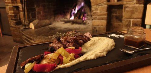 Πληρες γευμα η δειπνο 2 ατομων, σε βραβευμενο εστιατοριο κρεατικων, μεκορυφαιας ποιοτητας πιατα και μια υπερ-πλουσια λιστα κρασιων!
