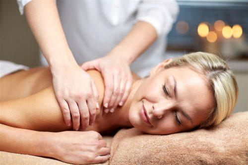 Αναζωογονητικο full bodymassageAromatherapyμε αιθερια αρωματικα ελαια η Hot Stones